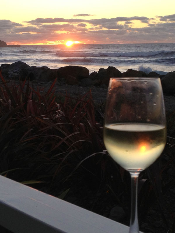 sunset-wine-glass